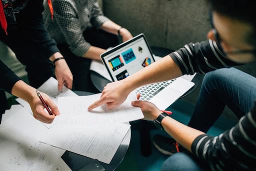ventajas de la gestion comercial en el sector tecnologico